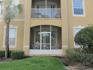 New Listing! Ground Floor 3BR/2BA Windsor Hills Condo close to Pool & Clubhouse