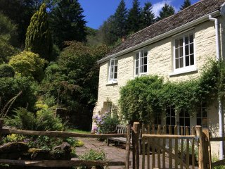 42908 Cottage in Abergavenny