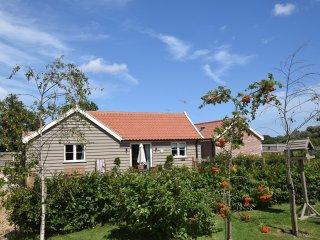 LOWFA Barn in Winterton-on-Sea