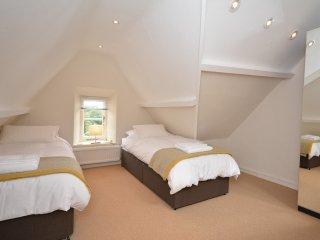 48189 House in Torquay