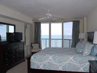 Direct Oceanfront Luxury Condo with 2 Oceanfront Master Suites