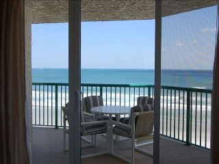 Oceanfront 3/3 Luxury, See the Ocean from Every Room DTT #508