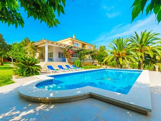 CASA BONITA - Villa for 10 people in SES SALINES