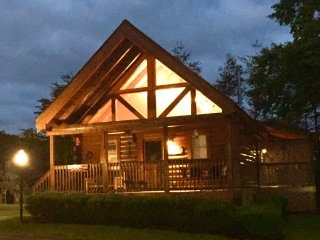 Great Location!  Wild West Cabin, Pigeon Forge