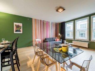 L42 402 apartment in European Quarter {#has_luxur…