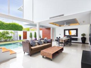 RAWAI PHUKET superbe maison  contemporaine