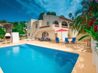 Miquel - pretty holiday property with garden and private pool in Moraira