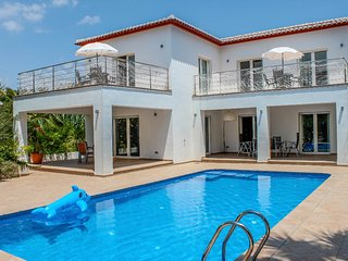 Angels - spacious and characterful property in Moraira