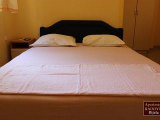 Apartments Bijela