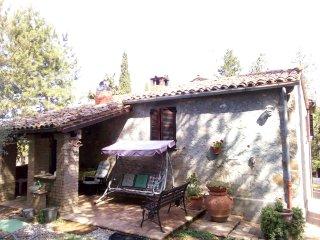 Casa di campagna 6 posti letto nella campagna di  Orvieto - Umbria