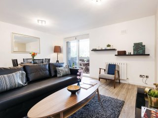 Sherborne Cromwell Court IX apartment in Kensington & Chelsea with balcony & lif