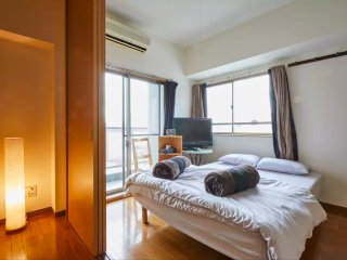 Ueno area, 4 beds, walk to station for 5 mins.