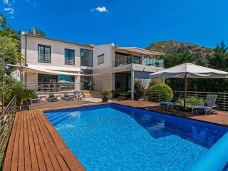 Exclusive High-Spec Modern Villa with Private Pool