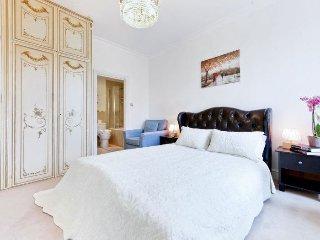 Kensington Lexham Gardens apartment in Kensington…