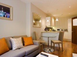 Peaceful Apartment on Lovat Lane