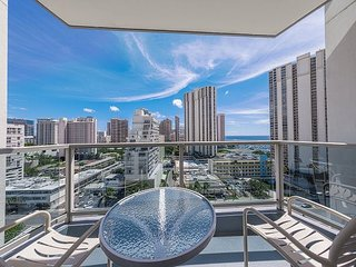 Ala Moana Studio Ocean View! Book Now at Special Rate!