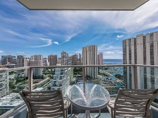 Studio 23rd Floor - Enjoy Beautiful Ocean & Diamond Head Views! Book Now!