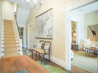 Stay with Lucky Savannah: Large home on beautiful Jones St. sleeps 8 guests