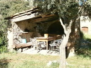 Podere Secchieta Antico Casale in Collina nella Natura Ancient Farmhouse on Hill