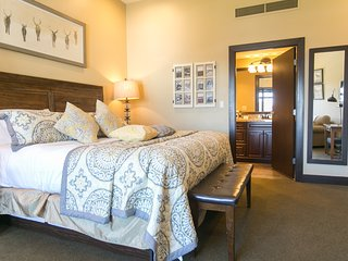 2Br/3Ba Condo in the Heart of Park City at Sundial Lodge ~ RA161652