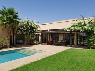 BEST FOR GROUP VILLA FOR RENT IN MARRAKECH GOLF RESORT