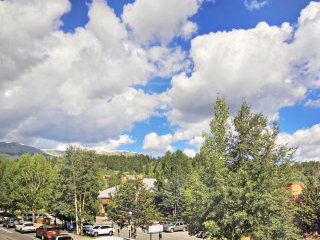 Condo in the Heart of Breckenridge - Sleeps 8!