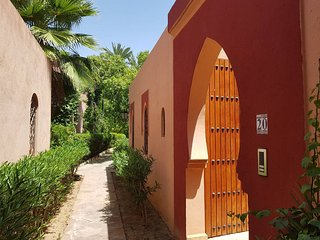 RIAD WITH SWIMMING POOL FOR RENT MARRAKECH EDEN VILLA
