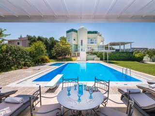 myholidayhome/villa Jasmine -Stunning Villa for private Escape