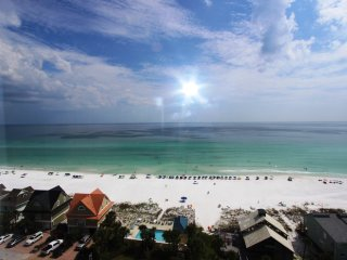 Penthouse unit!! Stunning beach views!! Beachside pool, fitness, & BBQ grills!!