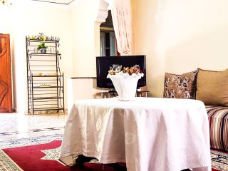 Charming and Spacious Villa  - First Floor (130 m2)