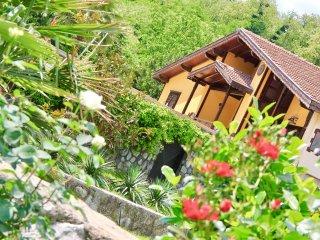 Gungor Garden / Villa Gunes