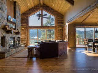 NENA'S NOOK: BIG BEAR LOG MANSION VACATION RENTAL