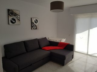 Renovated Studio close to all entertainments, less than 1km from the beach