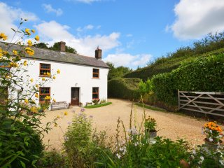 36509 Cottage in Cattistock