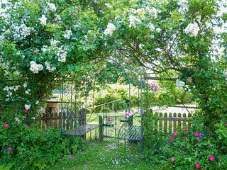 BT078 Cottage in Frant