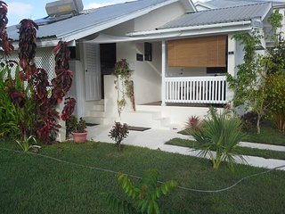 Hummingbird, cosy House with garden, 2 bedrooms
