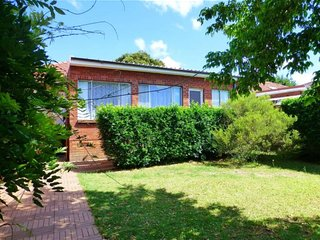 4 Bedroom House Close to Macquarie Univeristy