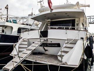 Motor Yacht Boatel Captain's Cabin B&B