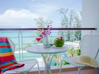 Charming Sea View Studio with Jacuzzi/Shower on Rawai Beach