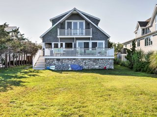 Luxe East Quogue Waterfront Home - Steps to Beach!