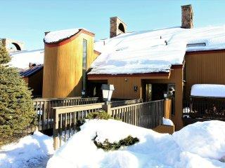 Winterberry Townhouse #2 ~ RA147256