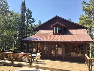 Mountain Oasis - 6 bedroom cabin on Terry Peak!