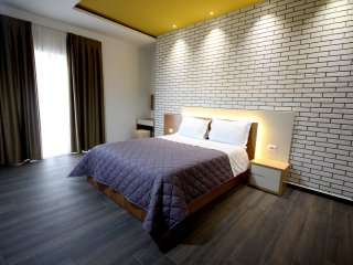 Apartment Deluxe 07