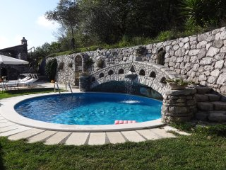 Villa Esposito enchanting position, pool, sea view