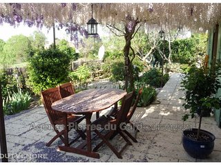 Villa exposee sud dans Residence securisee avec piscine-Superbe vue degagee