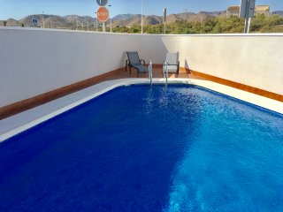 Casa Del Valle with beautiful family size pool and 2 minutes from the beach