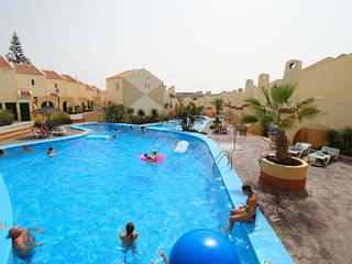 Mare Verde Apartments, Newly decorated 2 bedroom apartment sleeps 4