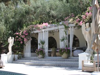 Holistic Malibu Villa, Spa & Gardens-Full Property