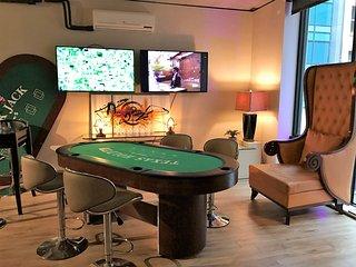 TheLUXE of Casino Royale Sleep 4