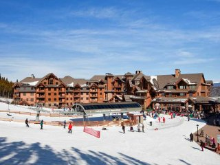 Ski In-Ski Out  X-Mas Dec 22nd -Dec 29th Grand Lodge on Peak 7 Breckenridge, Co.